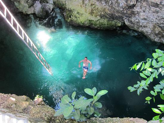 The Blue Hole is a haven for divers who want to explore the underwater flora and fauna.  -- For more information please check the link in the BIO. #cliffjumping #cliff #cliffdiving #vacationrental #jamaica🇯🇲 #luxuryholiday #travelitems #luxuryvacation #canada