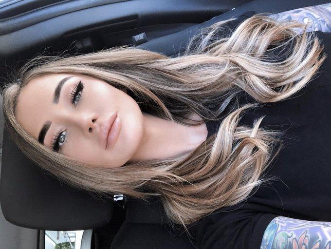 Am I blonde? https://t.co/BHuW77oc82