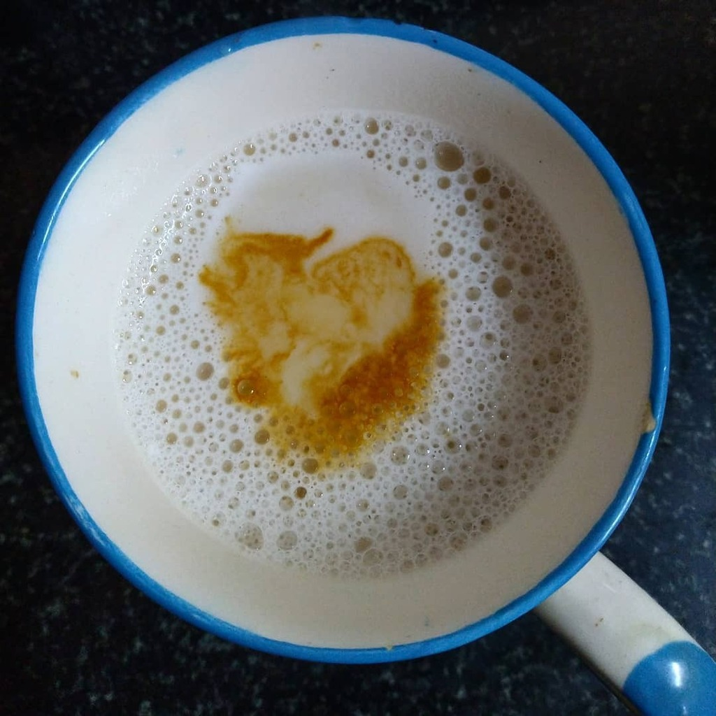 Heart. Just when i needed it.  That's Q for quirky. . . . . . #vidyasury #fmspad #fms_q #coffeewithmi #coffeeholic #hearts #lbe190620 https://t.co/GiMsBktVYb https://t.co/BTOFgAcpDm