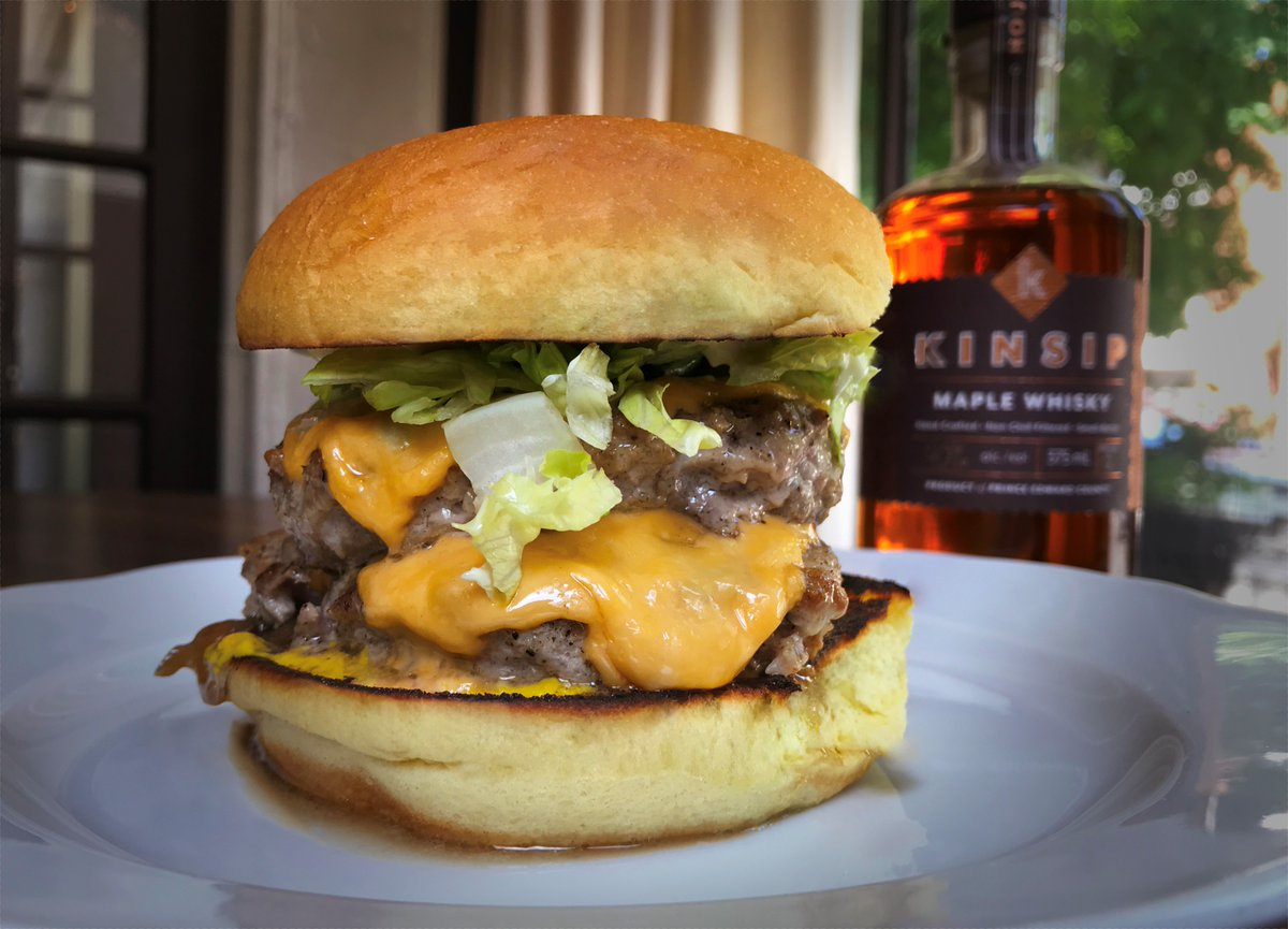 This Father's Day, try @beastrestaurant's Ultimate Maple Whisky Turkey Burger! This two-patty tower features ground turkey, melted cheese, caramelized onions, mustard, shredded lettuce and maple whisky mayo made with @drinkkinsip maple whisky #thinkturkey https://t.co/fYs7N3geRf https://t.co/RpT6qqs2BU