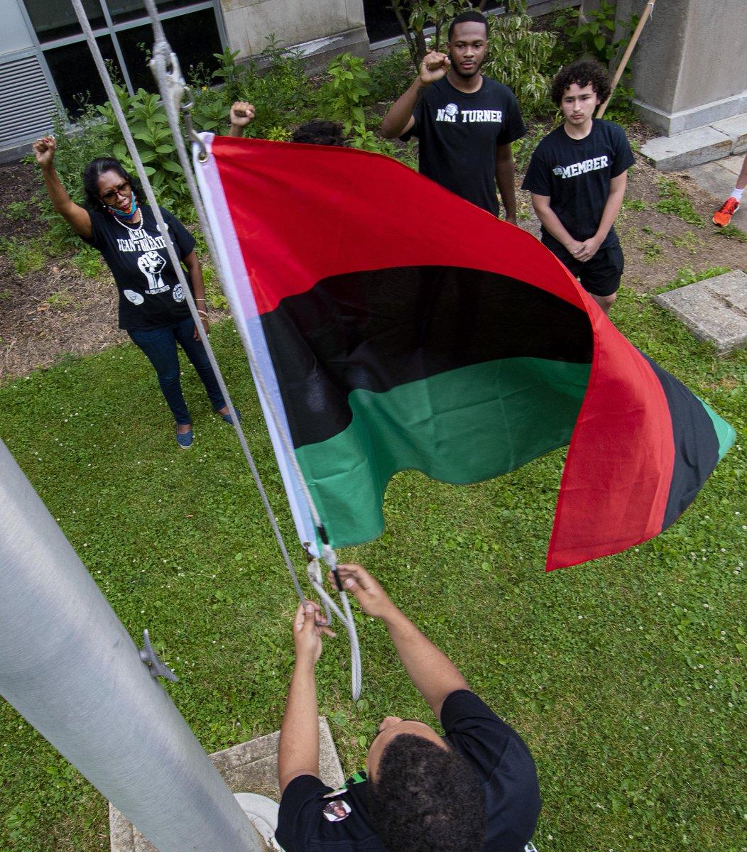 PHOTOS: Flag raising on Juneteenth at Allen High School. mcall.com/news/local/all…