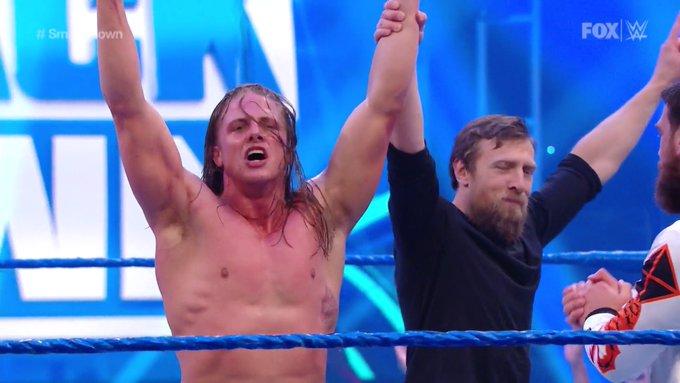 Matt Riddle derrota AJ Styles em sua estreia no SmackDown