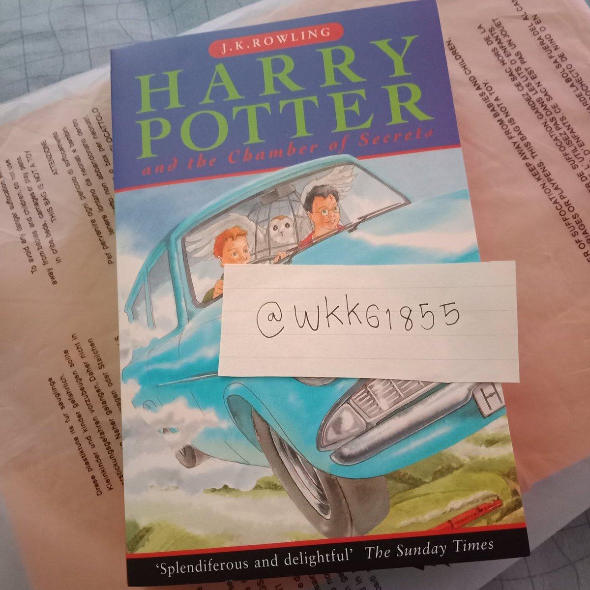 harry potter and the chamber of secrets สภาพดีมาก มีตำหนิที่สันนิดหน่อย ดูรูปเพิ่มเติมได้นะคะ   200 .-   reg 30/ems50 #หนังสือมือสอง #หนังสือมือสองสภาพดี #หนังสือมือสองสภาพดีราคาถูก #หนังสือนิยายมือสอง #หนังสือมือ2 #หนังสือแฮร์รี่พอตเตอร์ #แฮร์รี่พอตเตอร์ https://t.co/YOLHYDpUx9