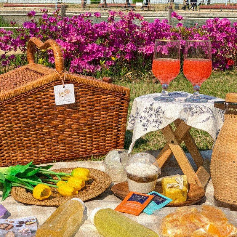 🌷ใครไป'Songdo Central Park'♡̷̷̷‧˚ ที่Incheon อยากแนะนำร้านเซตปิคนิคร้าน:가끔,이런 날 คือนัดเวลา+ส่งถึงที่! จัดมาเป็นพรอพน่ารักมาก ส่วนdrinks/อาหารเราเอาไปเติมเอง จัดมาน่ารักมากก ราคา20,000w+ขึ้นอยู่กับเซท เช่าได้3ชม☀️ #รีวิวเกาหลี #คาเฟ่เกาหลี #รีวิวอินชอน @Review_korea https://t.co/szyH9cfiTL