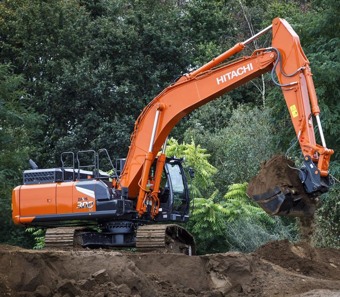 Check out this new Zaxis-7 medium #excavator. Have you seen any on a job site or on the road for delivery yet?  [@massuccot] https://t.co/Ov0JORLFD2