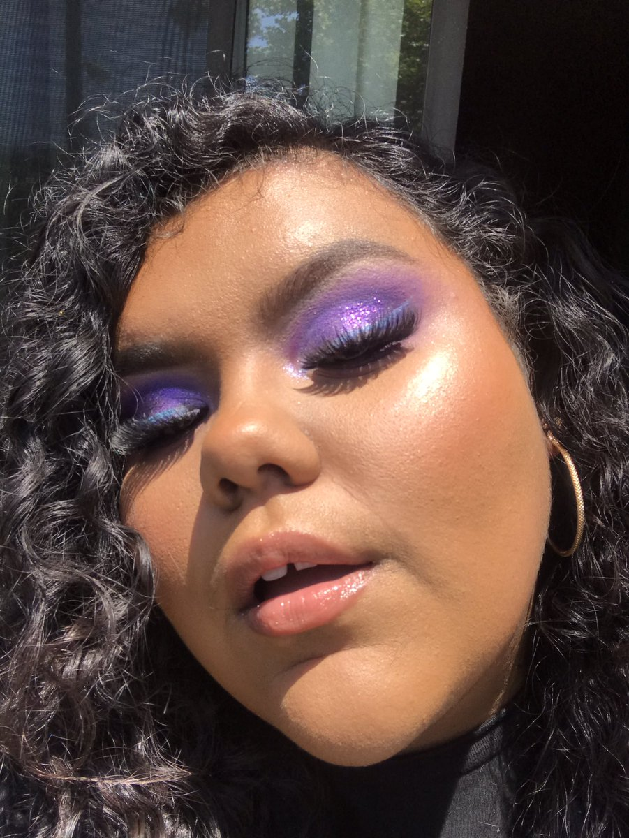 First color of the rainbow looks I'm doing for pride month is purple!!! #newmua #underratedmua #PrideMonth #HappyPrideMonthpic.twitter.com/ivCKdIx8tp