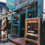 リーズナブルで種類が豊富!?10種類のスコーンが各120円で食べられるカフェ!