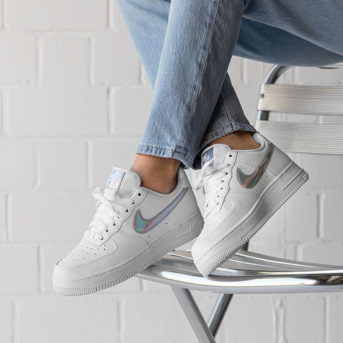 Sole Links On Twitter Ad Women S Nike Air Force 1 07 Essential