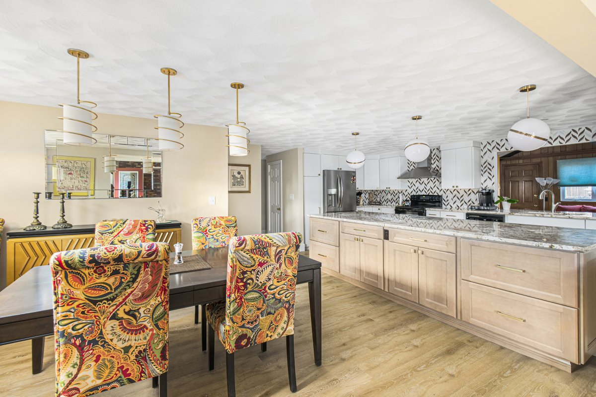 Kccne On Twitter Cranston Ri Kitchen Featuring Semi Custom Cabinets With Oak Slab Door Style In White Painted Finish Roslyn Cabinets In Maple Fog Finish Island Sunset Canyon Countertops Natural Stone Crackled Tile