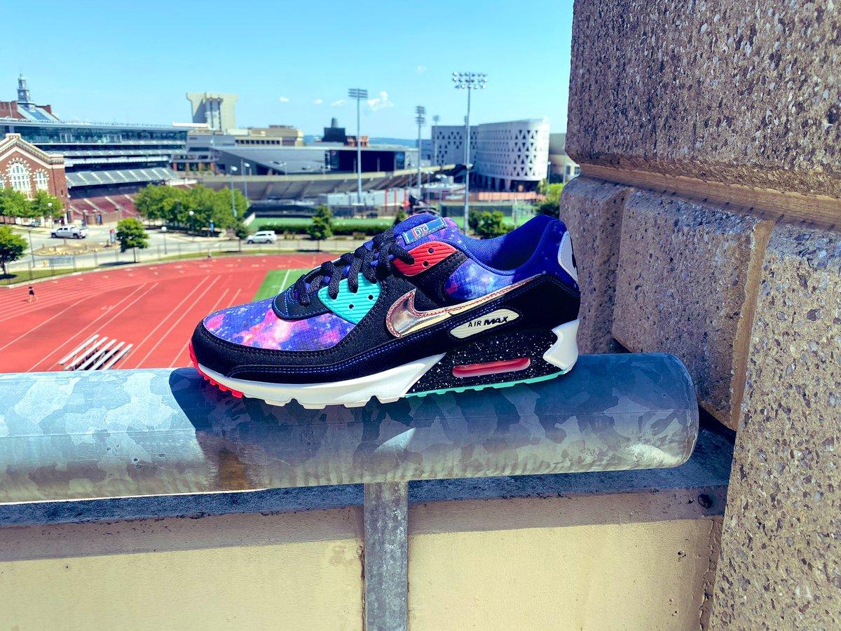 Snkr Twitr On Twitter Sizes Adding Nike Air Max 90 Supernova