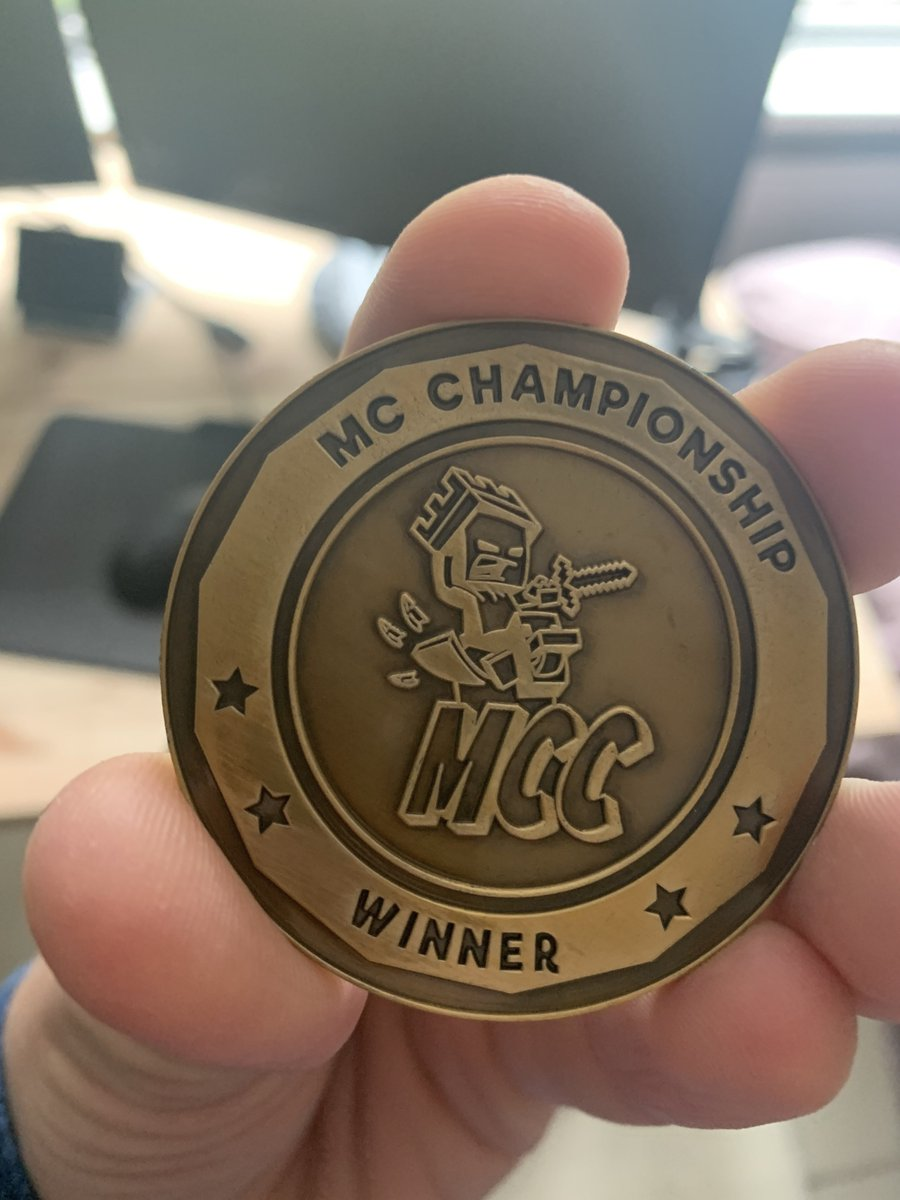 i can now tell Girls and Women i have an actual Coin to show how good i am at Minecraft. i am so Great https://t.co/4S1Vy0zJBh