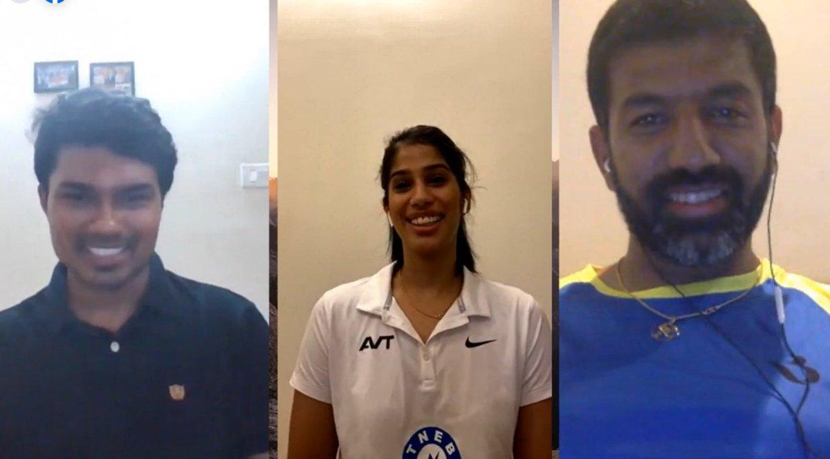 Incase you missed to watch Joshna & Rohan Bopanna chat.  Click the link below to watch https://t.co/jMMXgnJ9Um  #AskChampionsAnything #AMA @HCLEnterprise @HCLforSports @joshnachinappa @rohanbopanna #ChatShow #Indiasquash #SRFI https://t.co/SbzSUit7QA