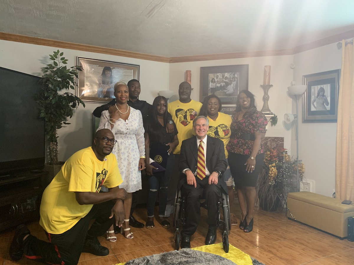 Today I spent time with the #GeorgeFloyd family.  They are wonderful, God loving people.  They will be the centerpiece of helping America bridge our racial divide & ensure equality, justice & fairness for everyone in America—& ensure what happened in Minn. never happens in TX. https://t.co/DKdbjZOCWh