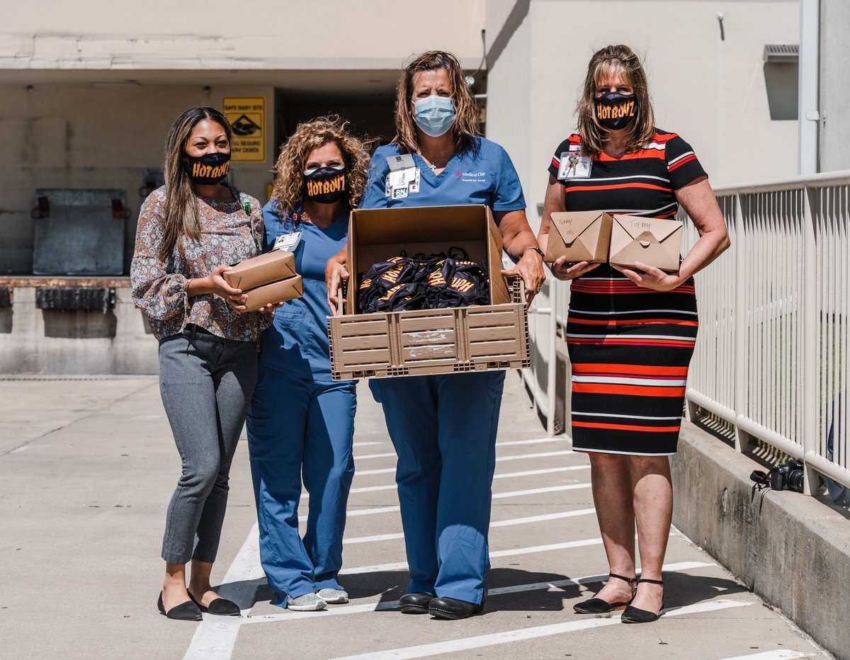 The @hotboyztm & all of our supporters were at it again last week! Blessed to have been able to support Medical City Denton with 200 meals & 150 masks for nurses, doctors, and other front lines workers there! We couldn't have done it without your support! 1/2 https://t.co/5G8Q9ufRGR