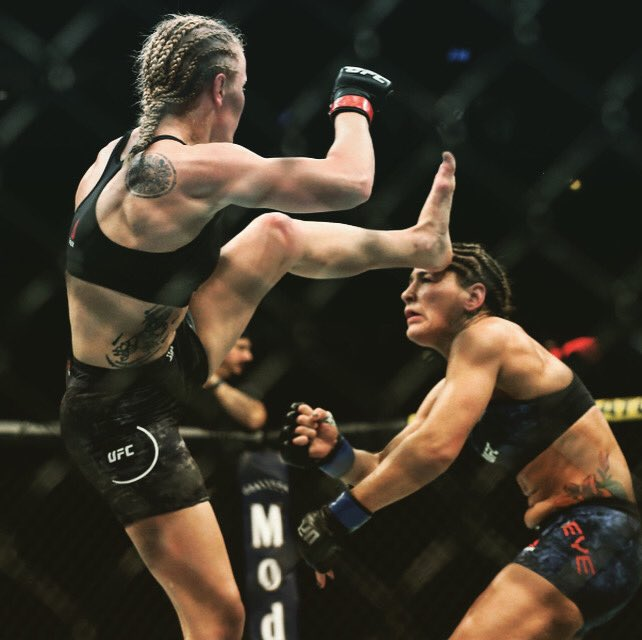 #OnThisDay | 06.08.19  Shevchenko [ @BulletValentina ] leaves NO DOUBT on who the best 125lbs fighter in the World is when she head kicks Jessica Eye at #UFC238 https://t.co/dhTZsUVQQF