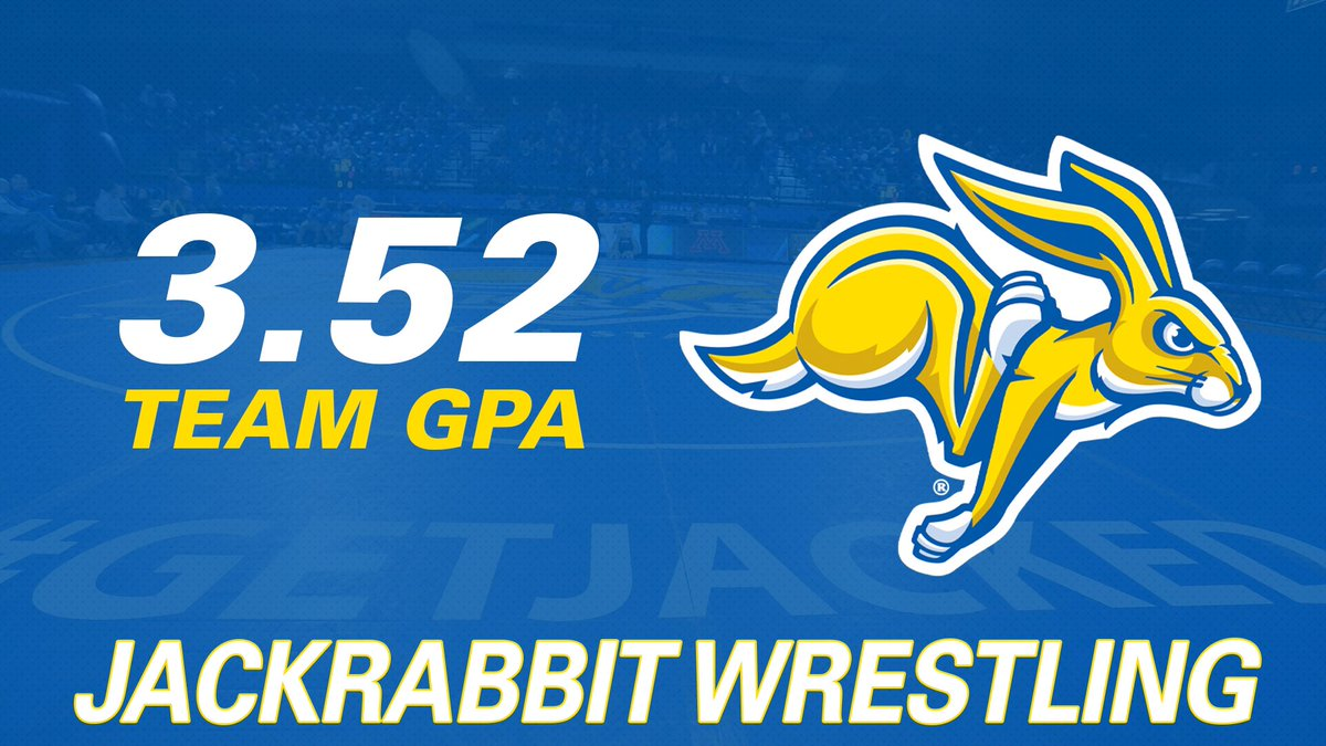 Despite the adversity, our team persevered and finished the semester strong academically 📝  3️⃣.5️⃣2️⃣ | #GetJacked https://t.co/LDzzOHlikD