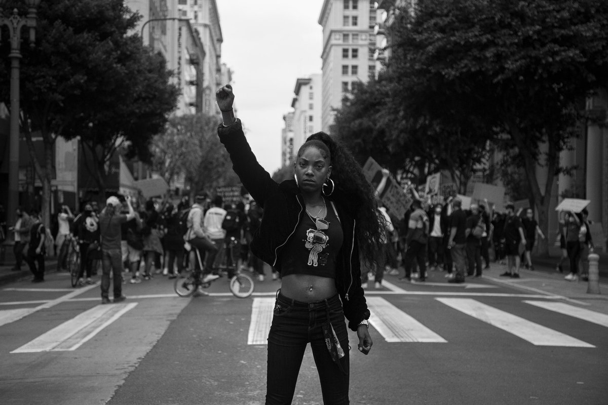 We will RISE!  We will tell NO LIES! & This revolution will be TELEVISED!  • • • 📸 : Ryan Geary —————————————————-  #BlackLivesMatter #BLM #protest #DowntownLA #CityHall #GeorgeFloyd #HappyBirthdayBreonnaTaylor #NoJusticeNoPeace #StayStrong #StaySafe #Explore #StandYourGround