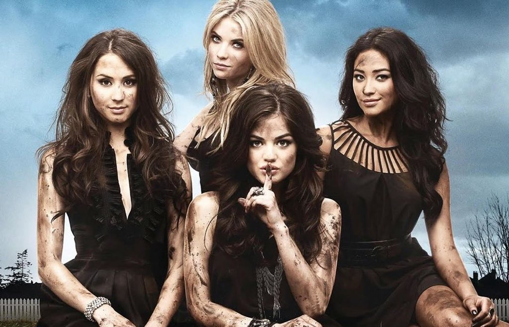 HAPPY 10 YEARS OF PLL! This show changed my life. Eternally grateful and always proud of what we accomplished ❤️ https://t.co/dpHlMcqc1d