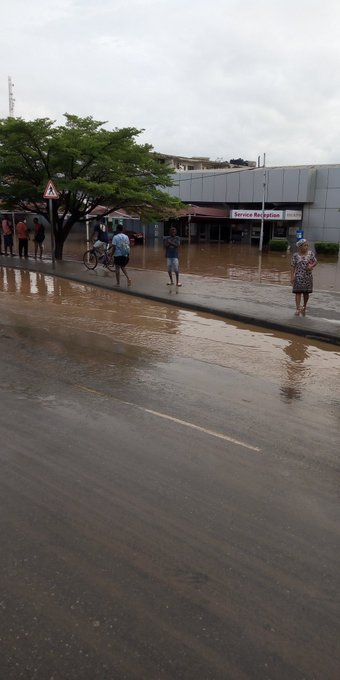 Twitter images of a flooded Accra