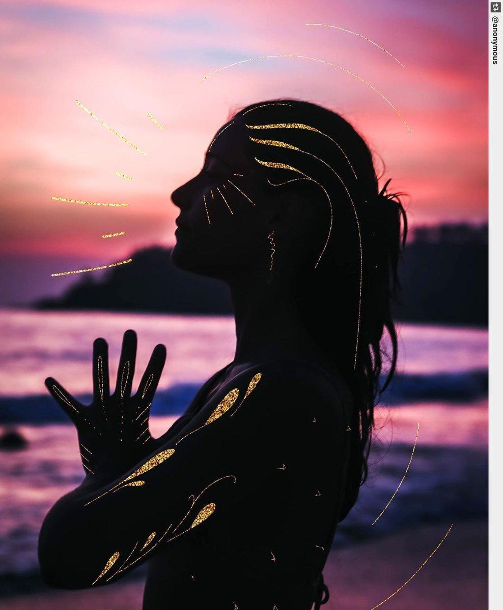 Artwork • • • • • • • #giadacampanella #italy #love #yoga #yogapose #asanapic.twitter.com/Vs2iKD8d2F