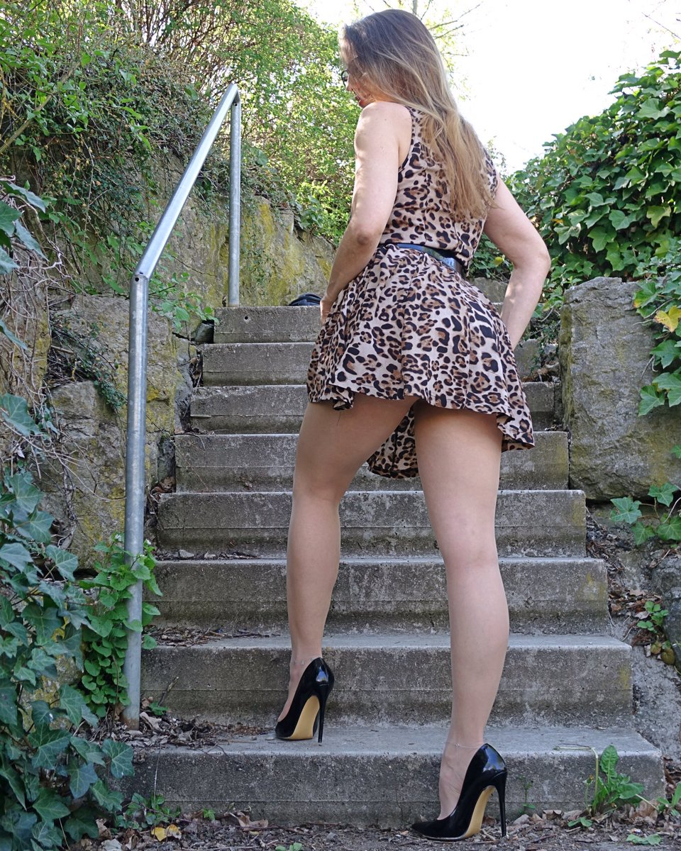I'm a little WildKat 🐆😉  #femininstyle #mystylerocks #legs #tights #leoprintdress #pantyhoselegs #highheels #classyheels #stylefashion #nylonfashion #womaninheels #nylonlover #classywomen #upstairs #fashionlegs #mystylerocks #mylookoftheday #stylishwomen #elegantwoman