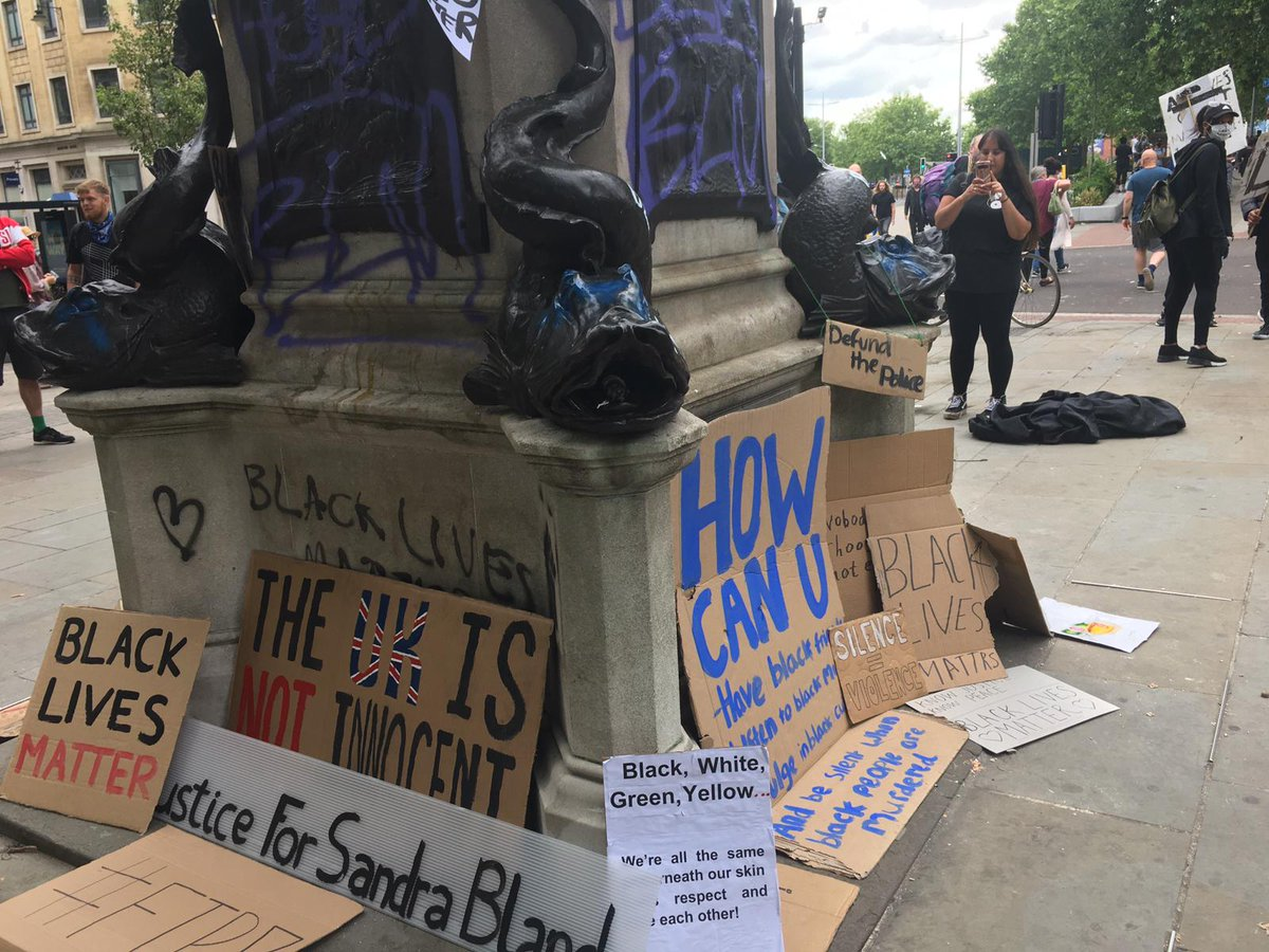 Tonight @BBCBristol will be hosting a Facebook live on what happens next after the statue of #EdwardColston was pulled down. Part of the discussion - presented by @ketibuahfoley - will also be streamed on @bbcpointswest - join us at 6.30pm for more!