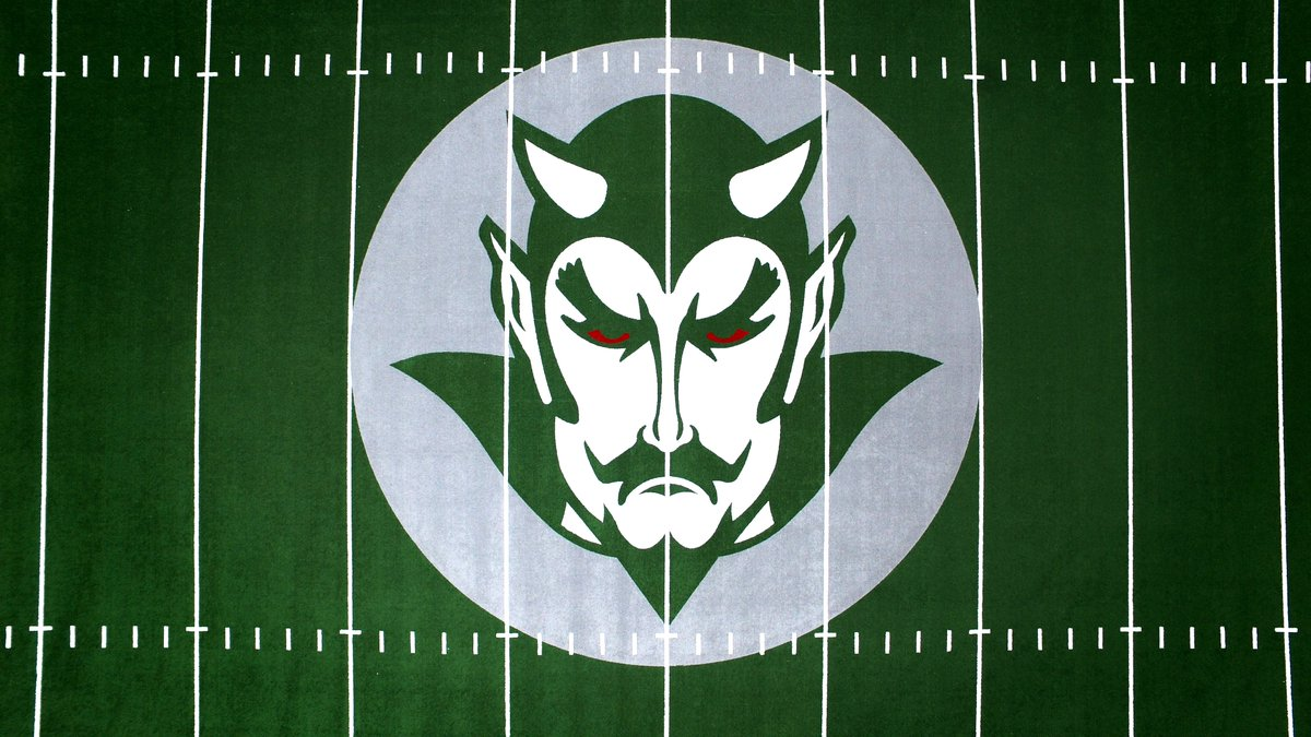 You handsome devil, you! - - #GeoSurfaces #GeoSportLighting #Sports #Surfaces #Plaquemine #HighSchool #Classof2020 #GreenDevils pic.twitter.com/Eqb7FaCNY1