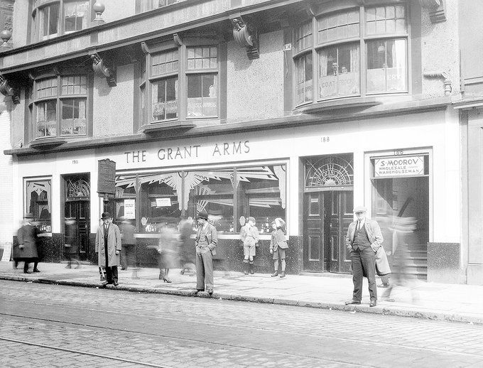 The Grant Arms, 190-188 Argyle St, 1930
