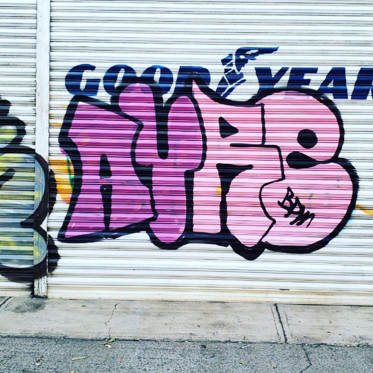 Air bombing Air bombing 2020 #graffiti #graffitiart #graffitimx #graffitimexico #grafittimx #graffitiphotography #graffitiletters #graffitiporn #graffitigers #graffitiwall #graffitigram #graffiti_magazine #graffitibombingpic.twitter.com/h2mbGyYxsP