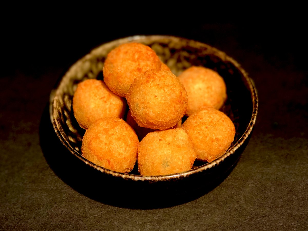 Chef Jimmy and the famous Jalapeño Cheese Balls are back!   Book now: https://t.co/bPwwqy1pPu  #BeachRotana #InAbuDhabi #TraderVics #NowOpen https://t.co/ttjEr4MqFP