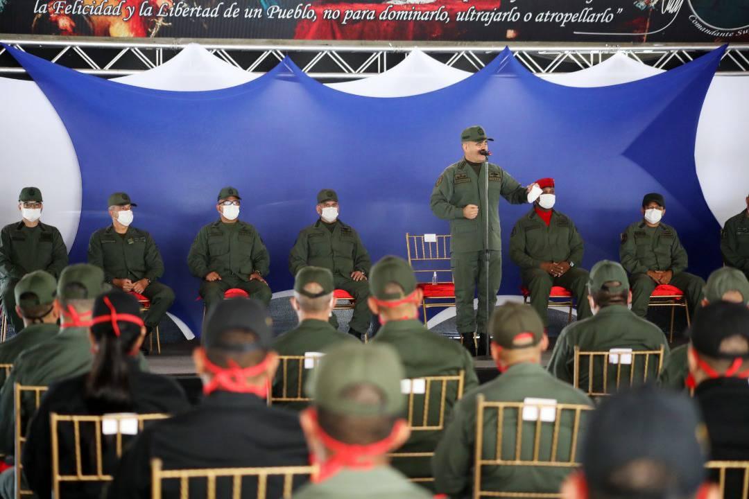 Tag venezuela en El Foro Militar de Venezuela  EaJj3QXWoAAMHSA?format=jpg&name=medium