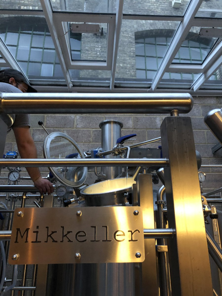 The first brew at the Mikkeller Brewpub in Exmouth Market is complete! Congrats to the whole team, especially Mark and Mads X🍻👏 Can't wait to get down there and try it - Rick x @MikkellerBeer #mikkeller #mikkellerbeer https://t.co/URuvwLaSwk