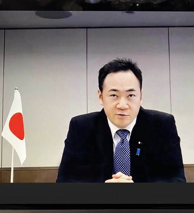 Held fruitful discussions today with Japan's State Minister for Foreign Affairs @SuzukiKeisukeMP via video conferencing, where we exchanged amicable views on deepening #Oman - #Japan cooperation/partnership and discussed regional and international issues of common concern. https://t.co/XNnfb6T0Ps https://t.co/w0MyQIGKCg