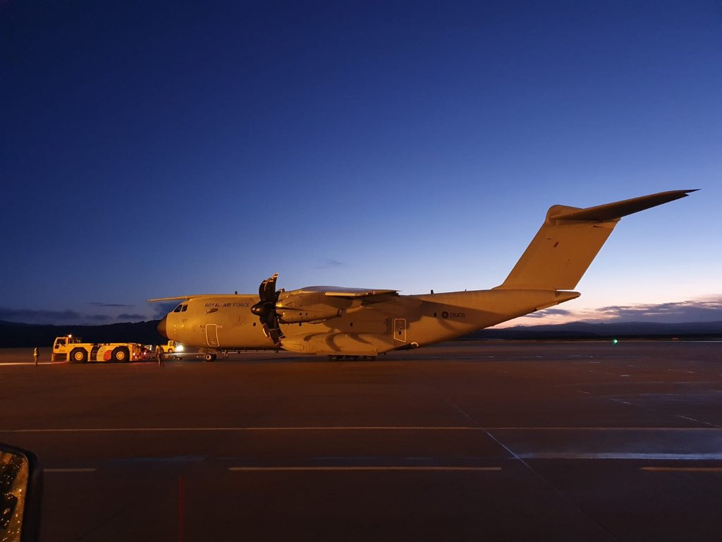 Early start today for ZM405 on a maritime patrol and search and rescue training sortie in the South Atlantic #aviationphotography #airbus #avgeek #A400M #Noordinaryjob https://t.co/VQMSuy1uhR