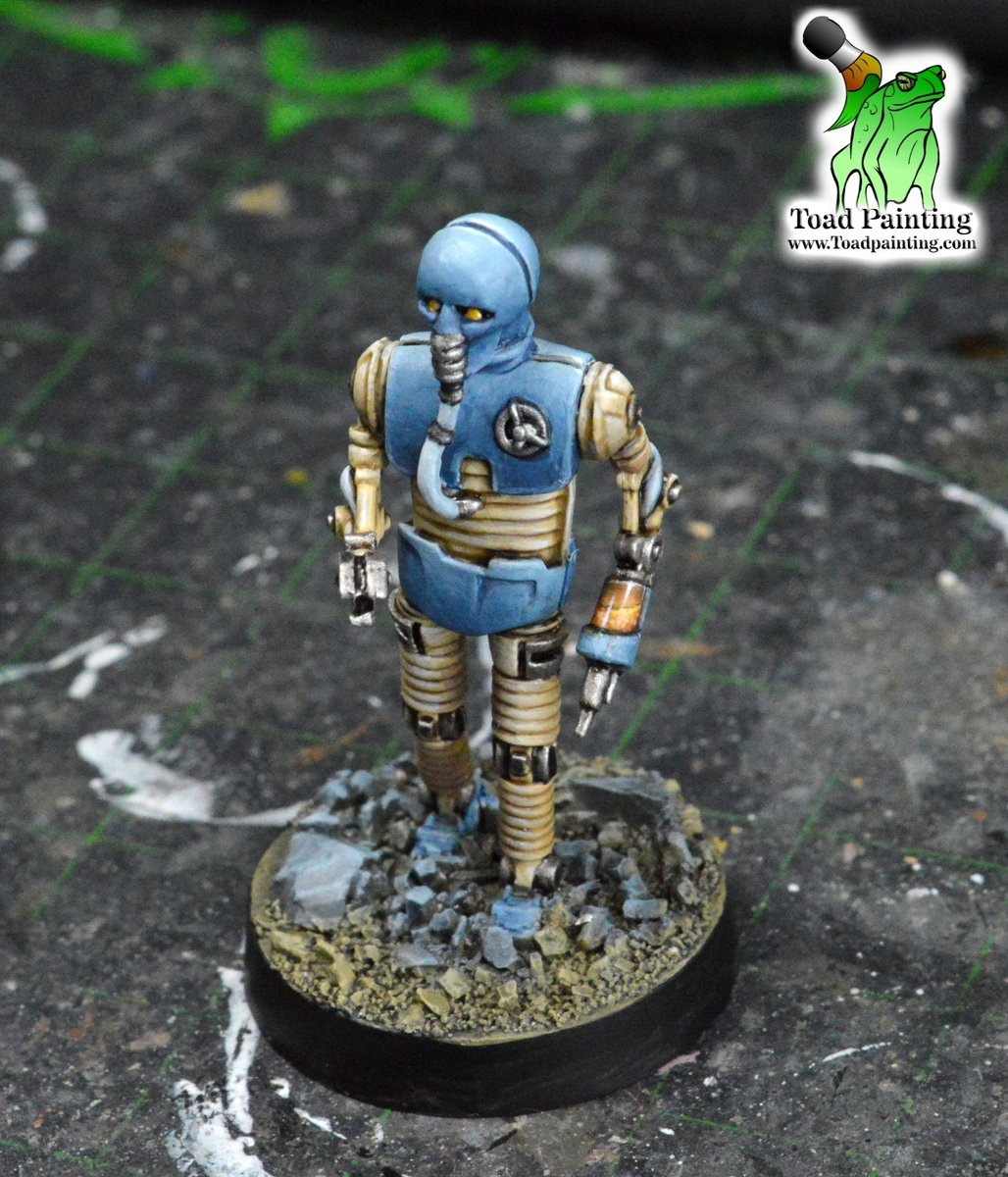 WIP of a Droid Specialist from Star Wars Legion by Fantasy Flight Games. Playing around with the canister on the needle arm, tried to make it look like ginger ale.  #minipainting #miniaturepainting #miniatures #StarWars  #starwarslegion https://t.co/elcjc5re93