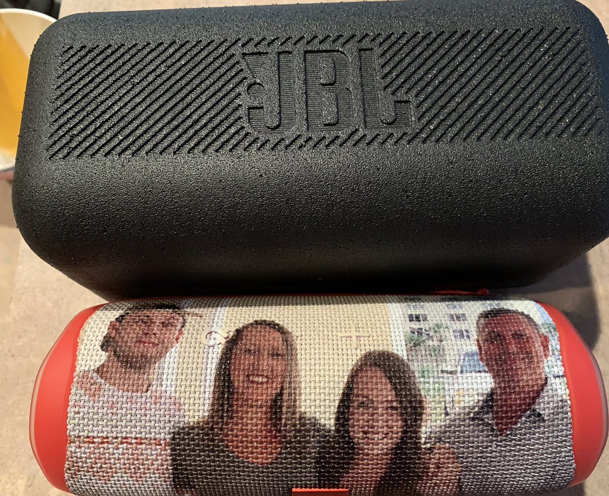 Awesome early Father's Day gift.  A personalized @JBLaudio Flip 5 speaker with our family photo on it ☺️ https://t.co/d9Q3bdAtTc