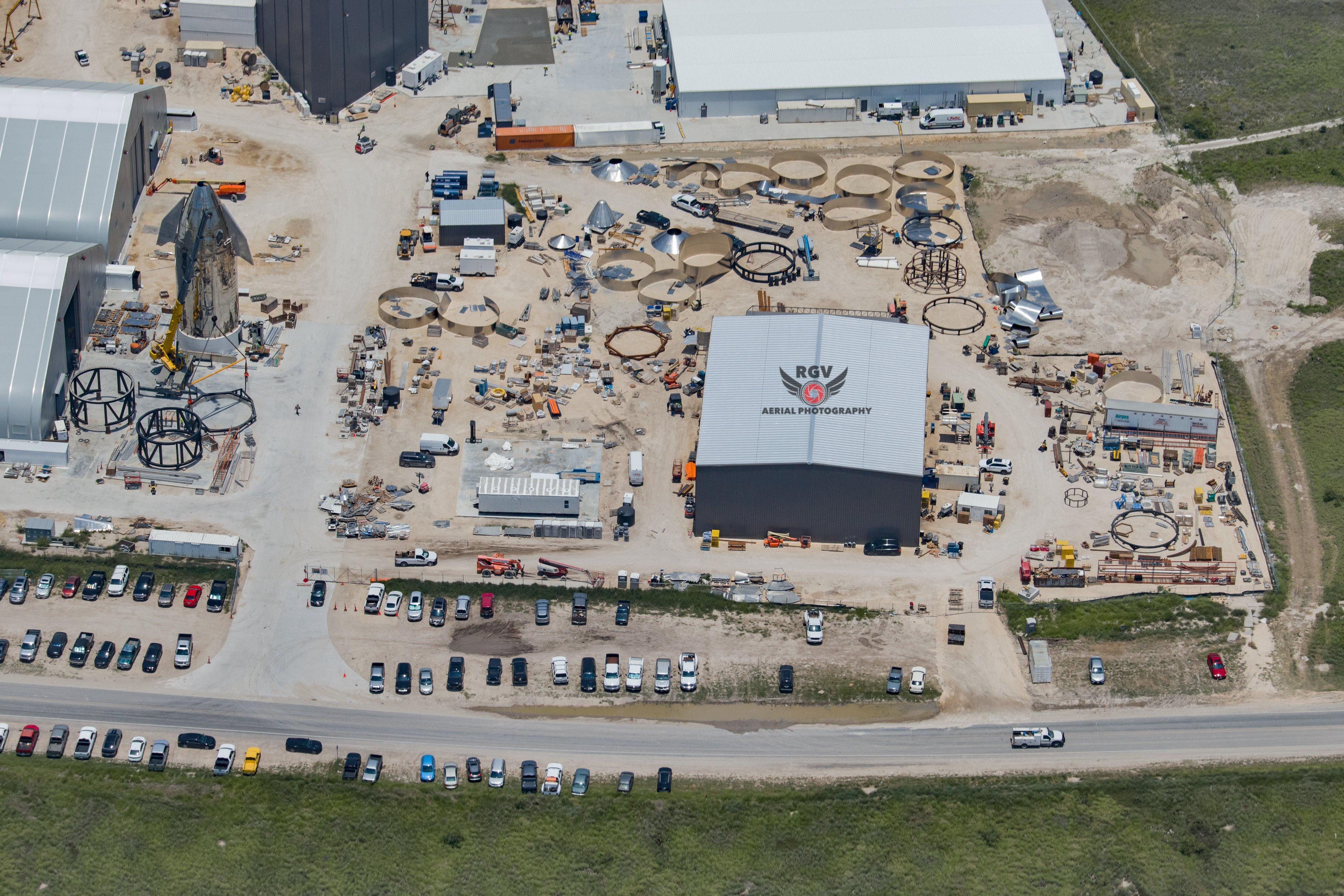 Site de lancement de Boca Chica au Texas - Page 13 EaMFjgdXgAE6M9b?format=jpg&name=4096x4096