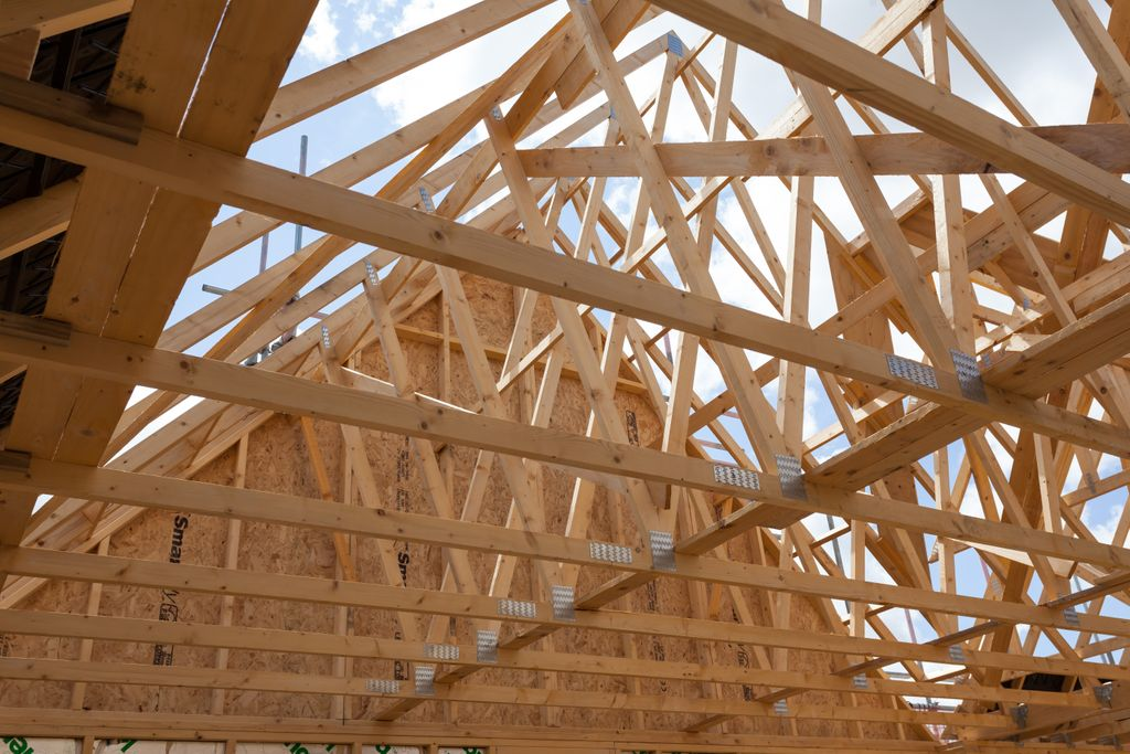 Can't decide which material is best for your project?  This blog post by @Pasquill_UK gives five reasons why you should choose engineered #timber: https://t.co/1e3lnrkJPa https://t.co/Lgj7uDlIAj