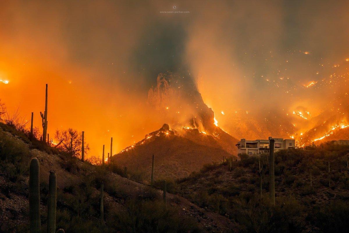 Just wow. #BighornFire #Tucson