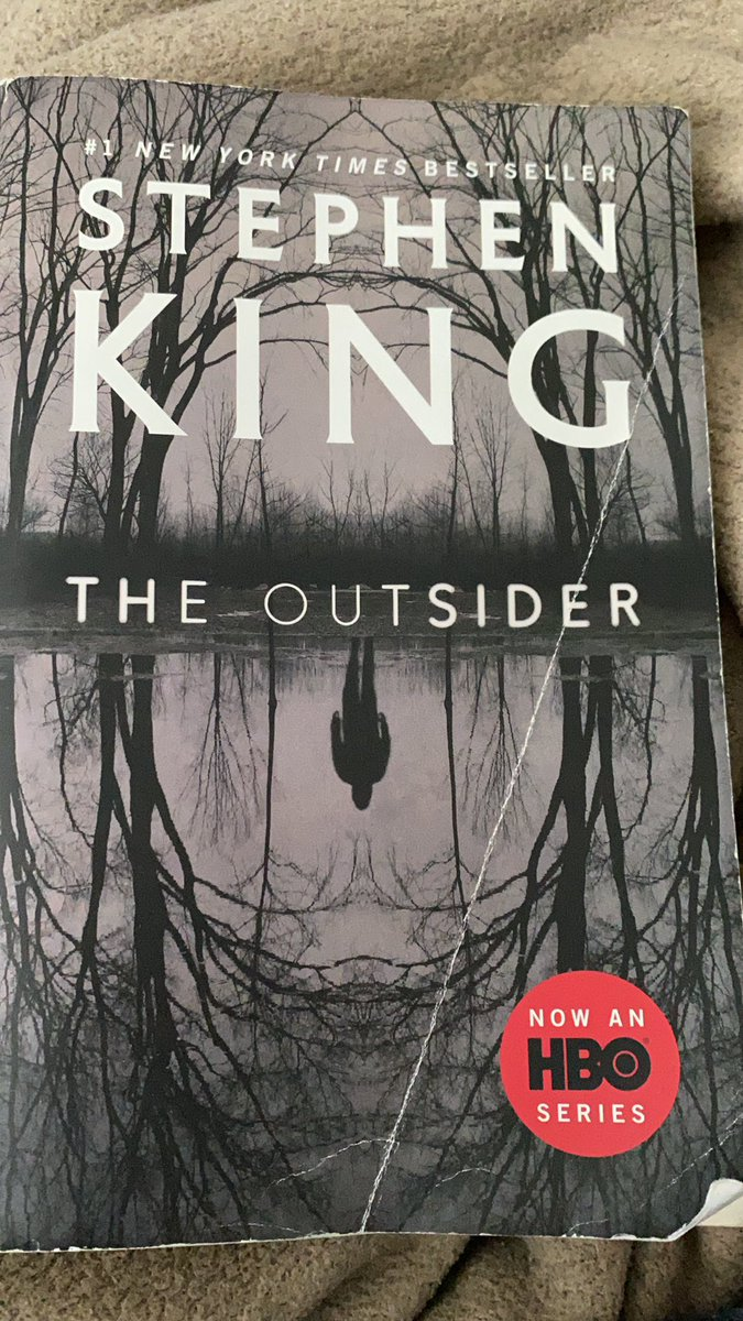 Finally finished my first Stephen King book. Absolutely great read. Best book I've read in a while. I will definitely revisit this again. 9.5/10 @StephenKing https://t.co/ELZ71QdMkf