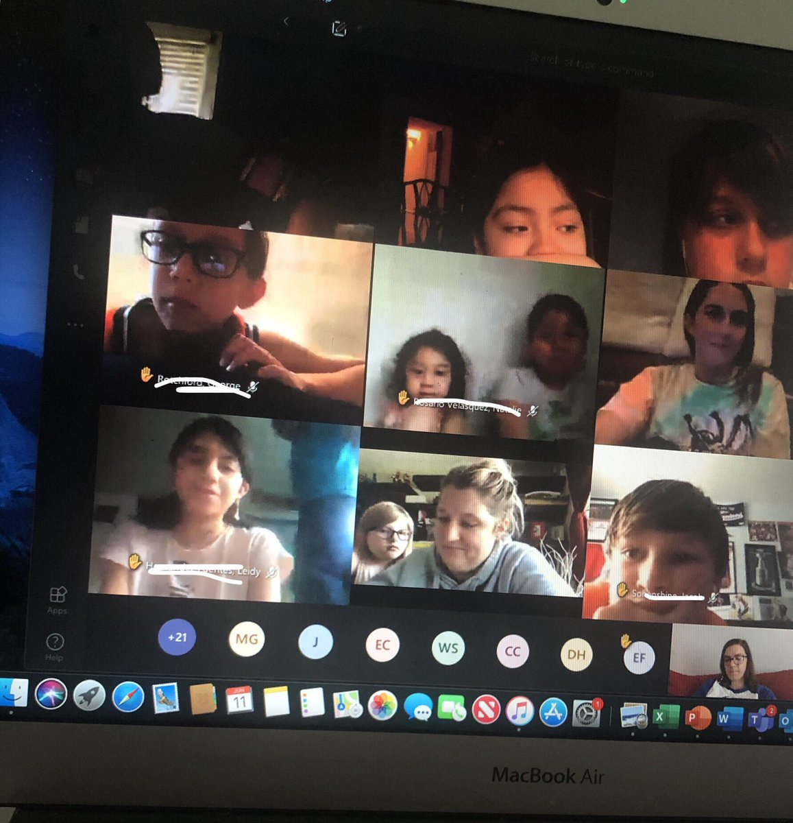 RT <a target='_blank' href='http://twitter.com/KWBHollander'>@KWBHollander</a>: Had a fun end of year lunch bunch with many of the 5th graders! <a target='_blank' href='http://search.twitter.com/search?q=KWBPRIDE'><a target='_blank' href='https://twitter.com/hashtag/KWBPRIDE?src=hash'>#KWBPRIDE</a></a> <a target='_blank' href='https://t.co/GPoSY3RiBD'>https://t.co/GPoSY3RiBD</a>