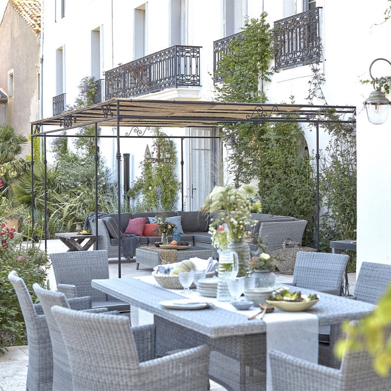 Making the most of the summer season with Domaine & Demeure's wonderful collection of outdoor furniture. Discover the full collection: https://www.domainelife.com #garden #gardenfurniture #garden #outdoorfurniture #gardentable #luxuryhome #luxurylifestyle #gardendecor #homelifestyle pic.twitter.com/klkjmQ52ZY