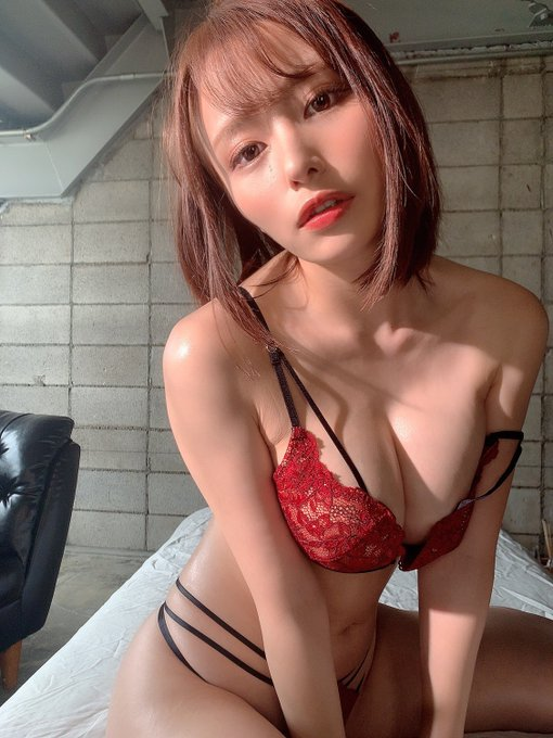 AV女優伊藤舞雪のTwitter自撮りエロ画像10