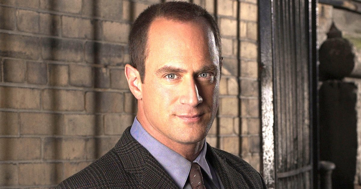 @gourmetspud He's not Chris Meloni.