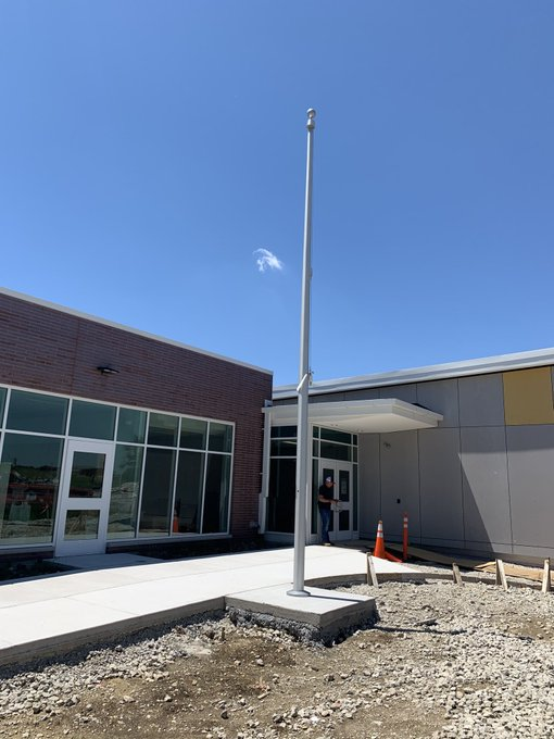 #Wheaton , IL @JeffersonEarlyChildhoodLearningCenter New #School means a new #WinchFlagpole https://t.co/39FgxyVPDq