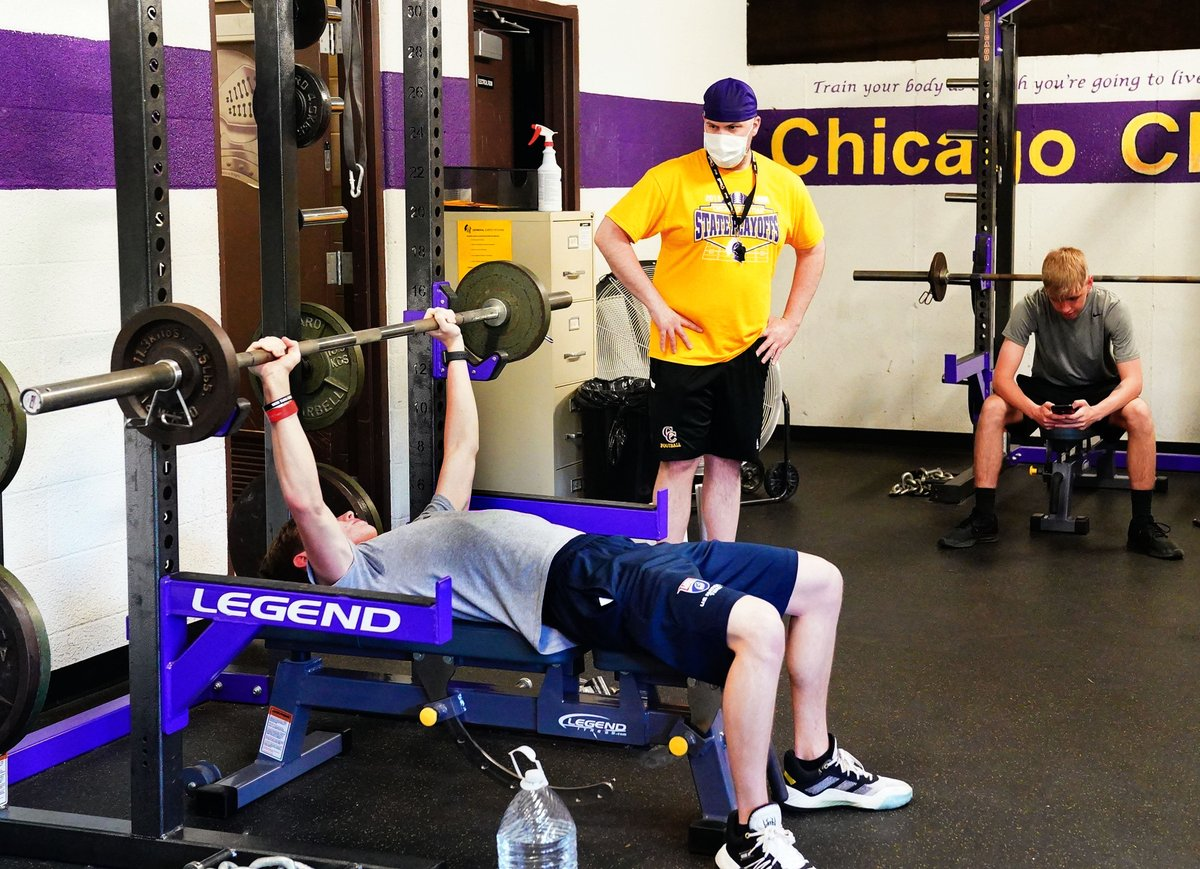 The new normal: While some programs were working on plans that would meet school district and local guidelines, Chicago Christian was ready to get out of the gate fast. @mikeclarkpreps has an inside look at the Knights Stage 1 workout... chicago.suntimes.com/2020/6/12/2128…