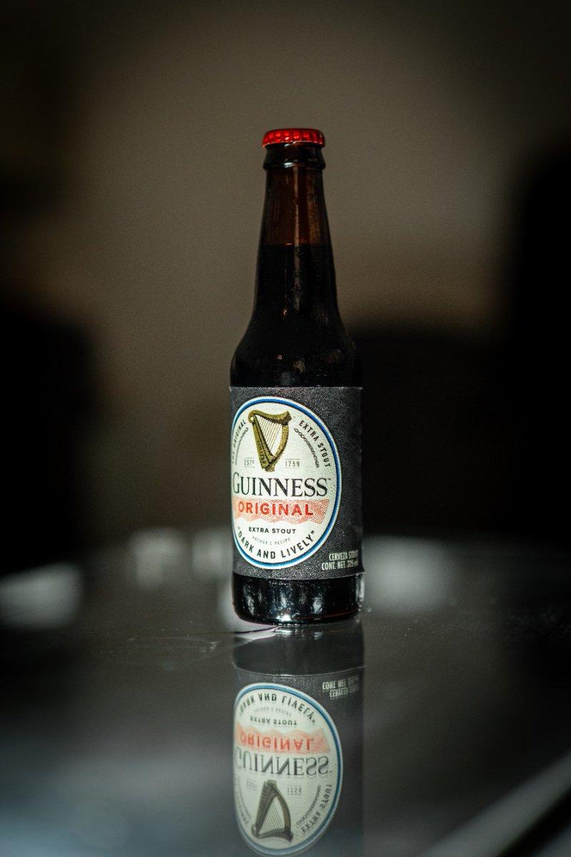 Viernes de una deliciosa...  🍺 Guinness Original 🏷 Extra Stout 🥴 5% Alc. Vol. 💧 325ml 📍 Originaria de Irlanda, versión hecha en Tijuana, B.C, Mx 💸 $29 mxn aprox. © LordCerveza . #guinness#guinnessbeer#guinnes#guinnessoriginal#beer#cerveza#irlanda#lordcerveza #friday https://t.co/uKzHwupQOr