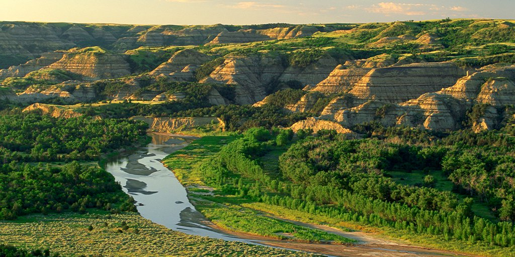Happy birthday to the north unit of @TRooseveltNPS! On this day in 1948, the north unit was added to the Theodore Roosevelt Memorial Park. It wasn't until 30 years later this beautiful land gained its national park status. #BeNDLegendary https://t.co/xGqYtv4Rzp https://t.co/CcraYUxK2o