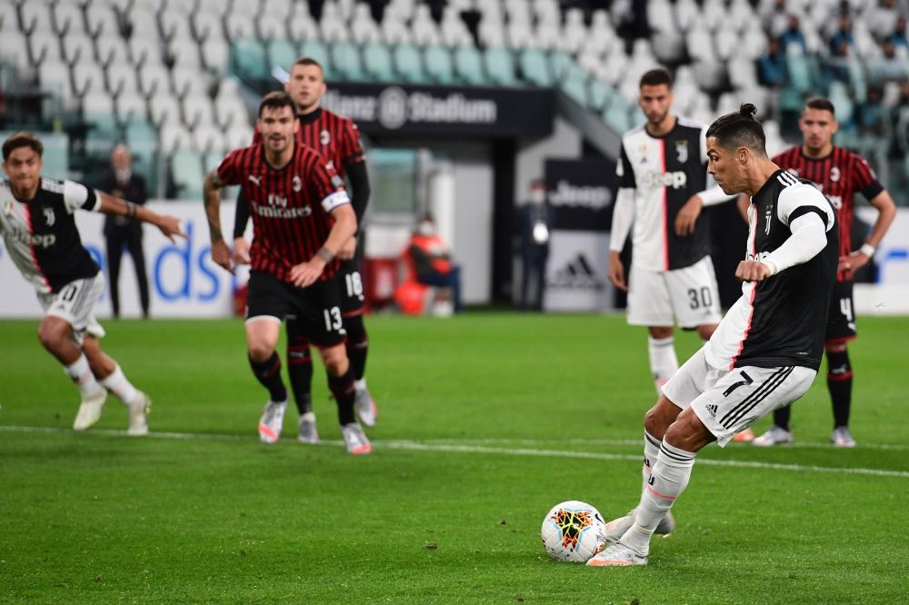 يوفنتوس يتأهل لنهائي كأس إيطاليا للمرة الـ19 في تاريخه بعد تعادله سلبيا امام ميلان