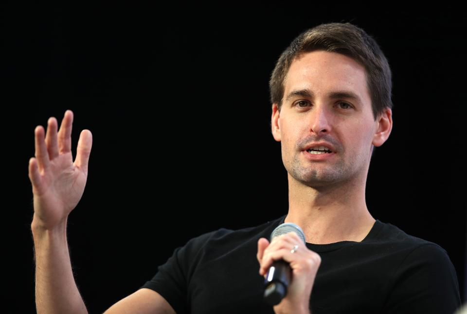 CEO Evan Spiegel defends not publicly releasing Snapchat's diversity By @rachsandl